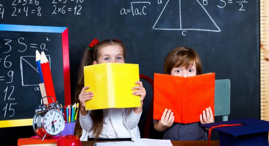 В Роспотребнадзоре решили переводить школьников на онлайн-обучение при вспышках простуды
