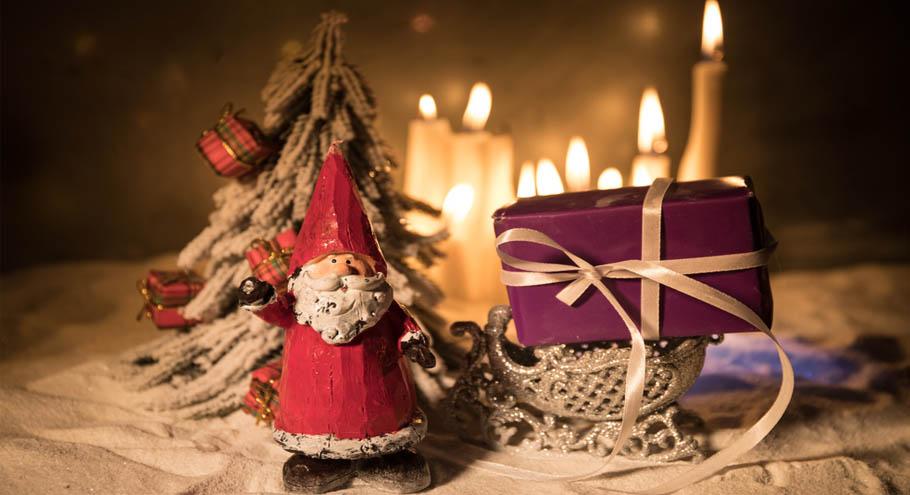 Дед Мороз по-японски. Или по-грузински? А может, по-фински?