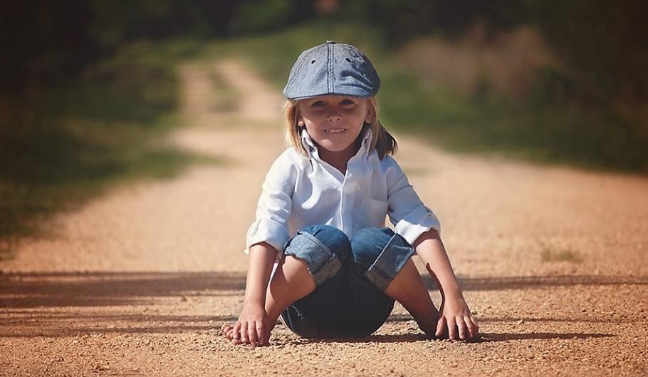 Как научить ребёнка различать право и лево?