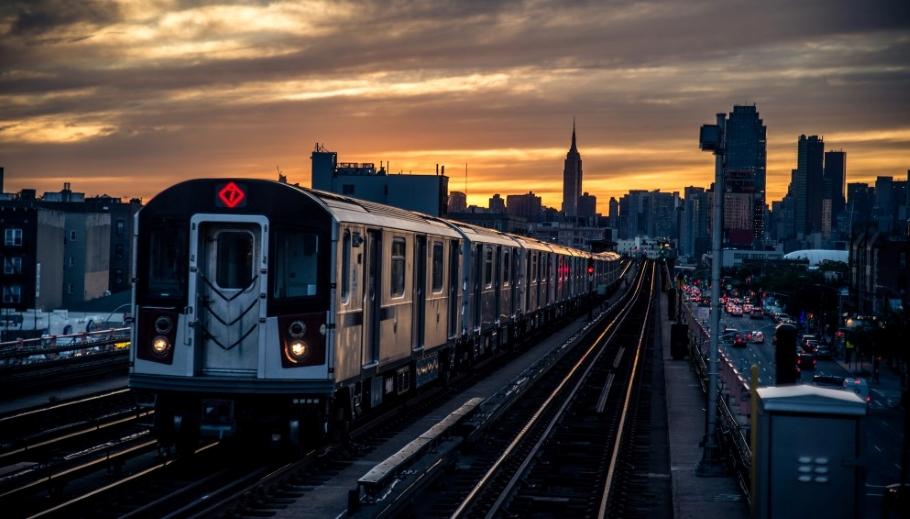 Рассказываем о мире: как работает машинист метро