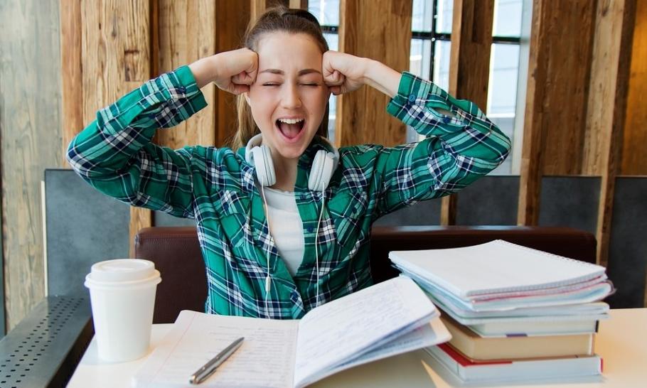 Как сохранять спокойствие, делая домашнее задание вместе с ребёнком?