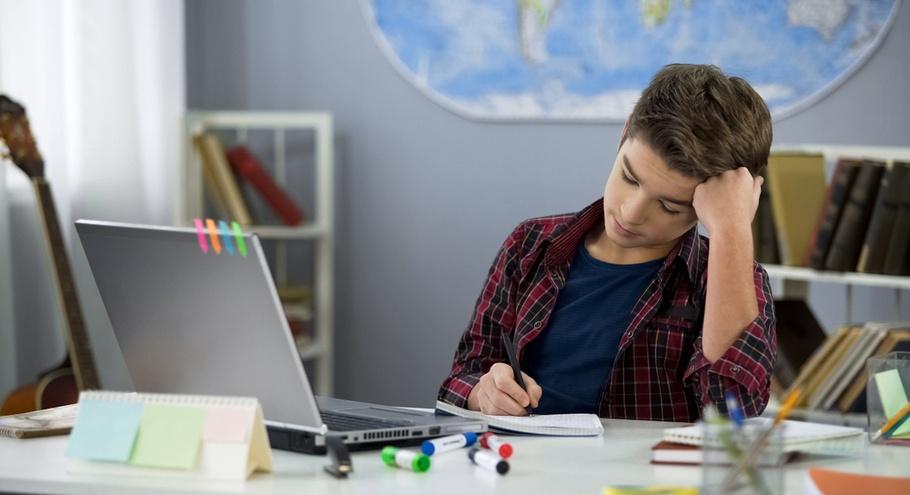 Учимся дома: 9 советов в помощь школьнику