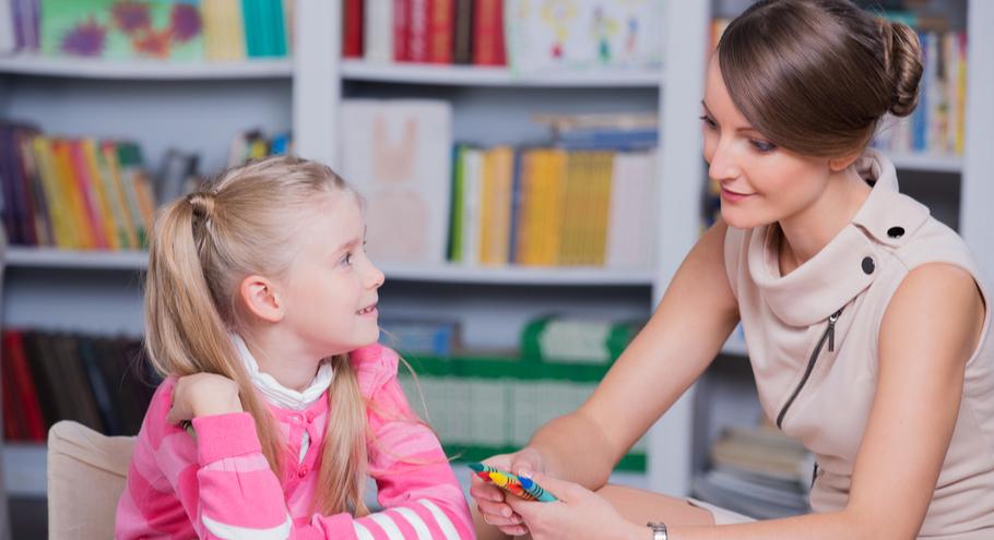 Читаем с психологом: «Как стать ребёнку другом, оставаясь его родителем», М. Солотова