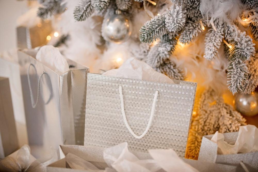 Сне-гу-роч-ка! Где поймать новогоднее настроение родителям?