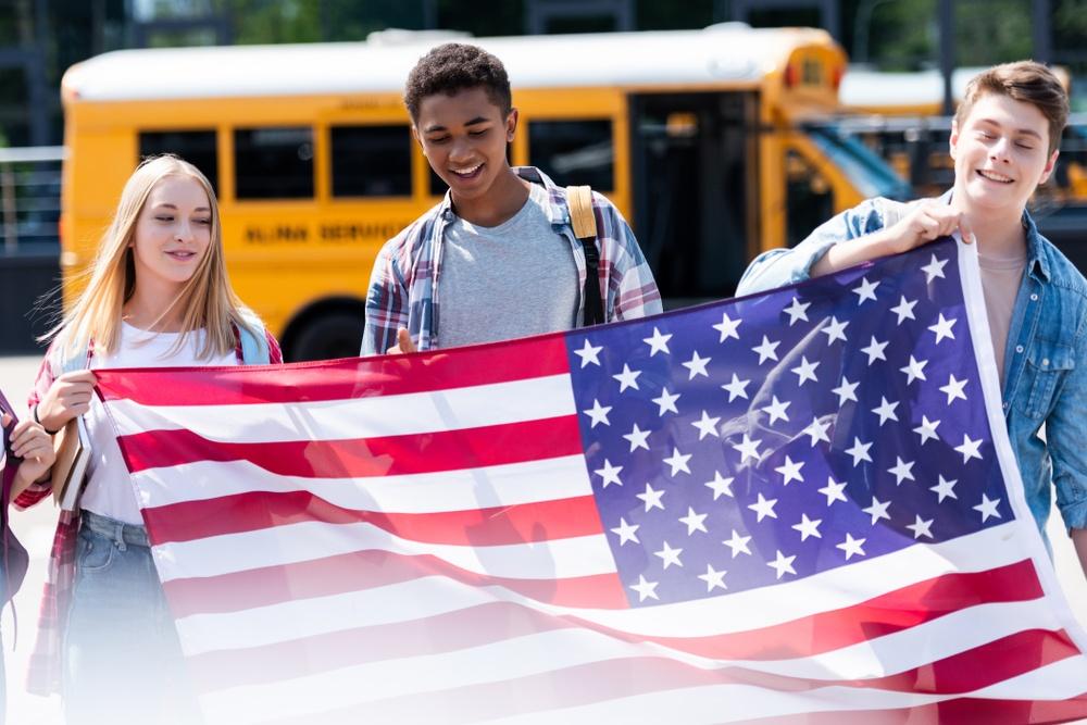 Школы по всему миру: как устроено образование в США?