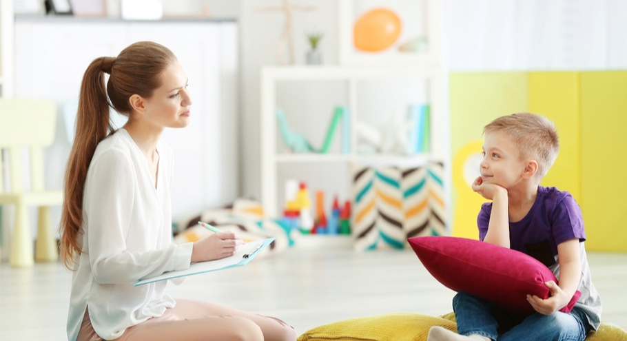 Если нужна помощь. Когда ребёнка стоит отвести к психологу?
