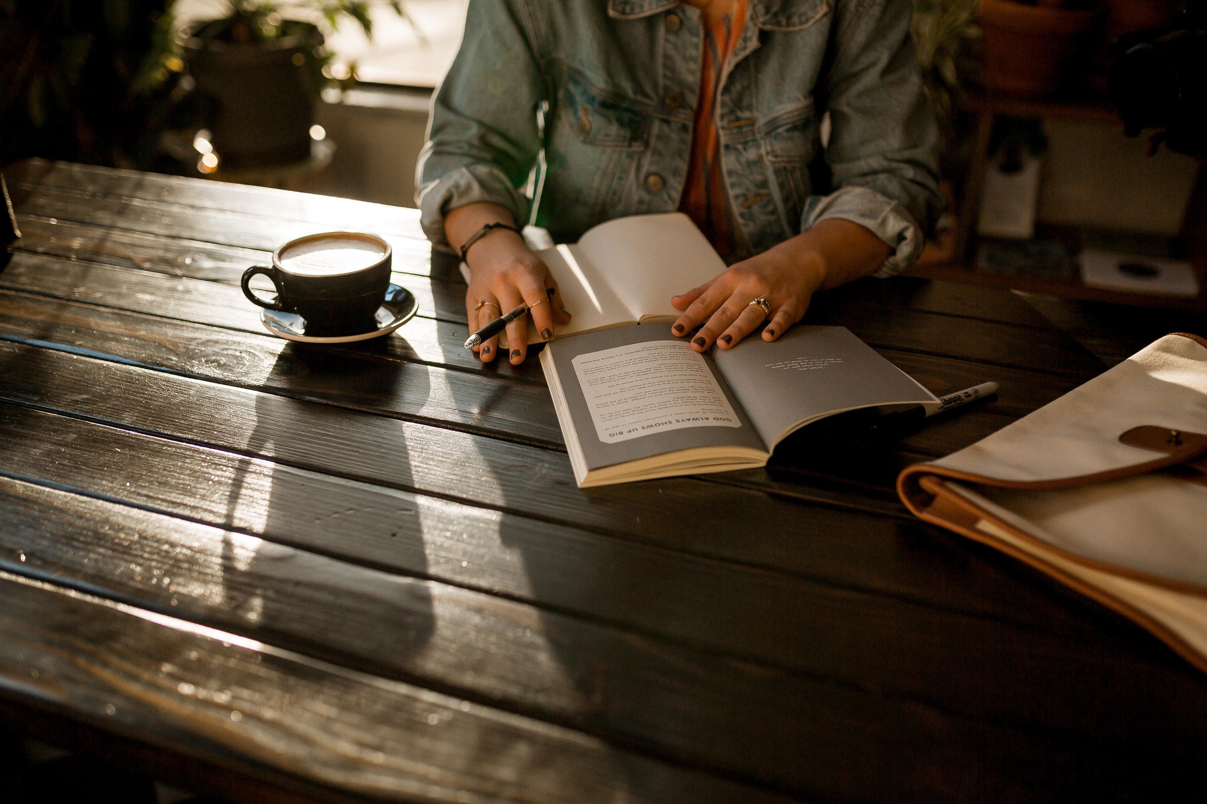 Читаем с психологом: «Воспитывать, не повышая голоса», Натали де Буагролье