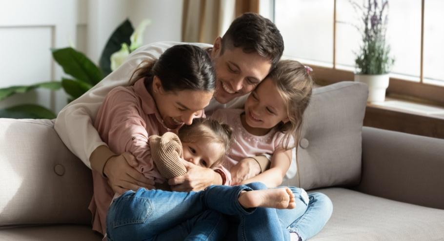 5 секретов воспитания счастливого ребёнка