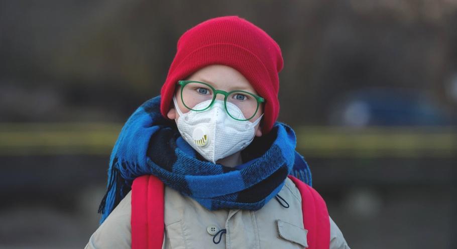 Почти 5 000 школ в России закрыты на карантин по гриппу