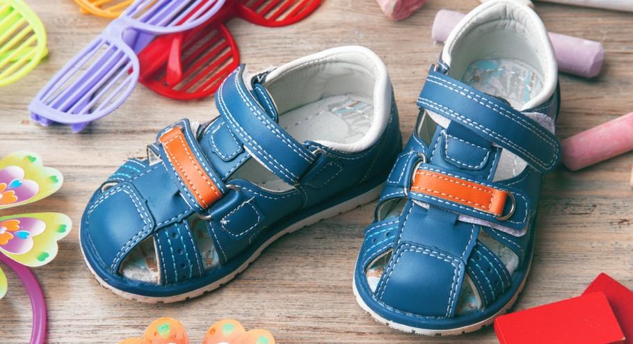 7 важных правил, которые помогут подобрать ребёнку сандалии