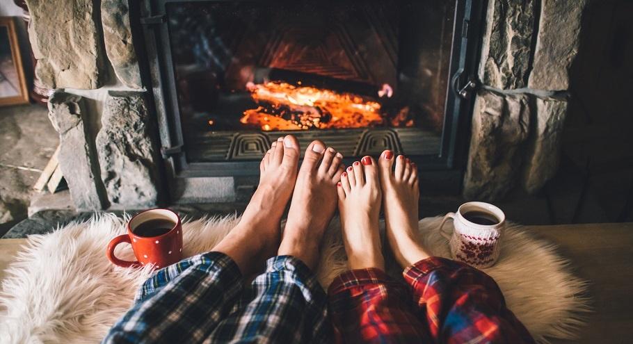 Идеи подарков на День влюблённых, которые согреют зимой