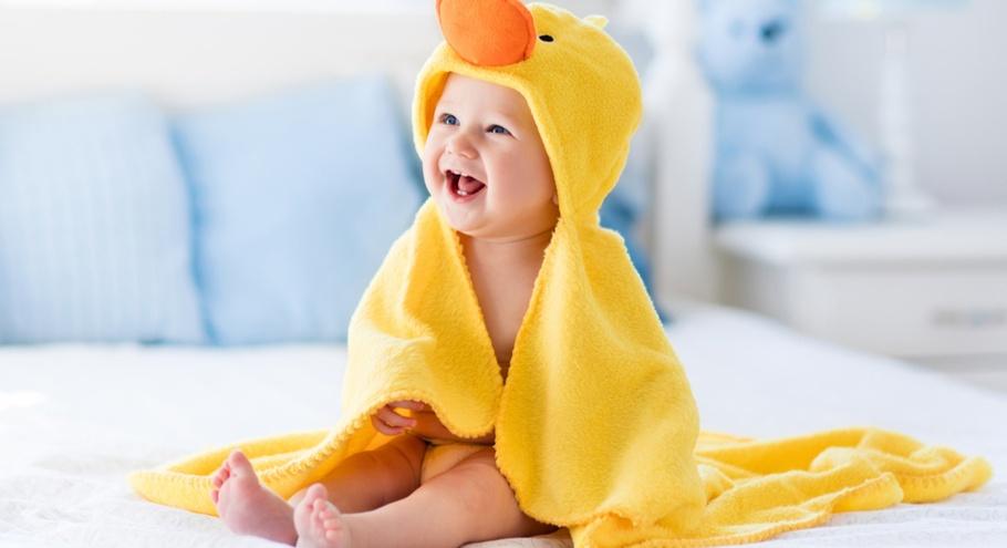 Выбираем помощников для купания малыша