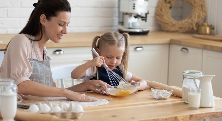 Готовим дома с ребёнком: что может пригодиться?
