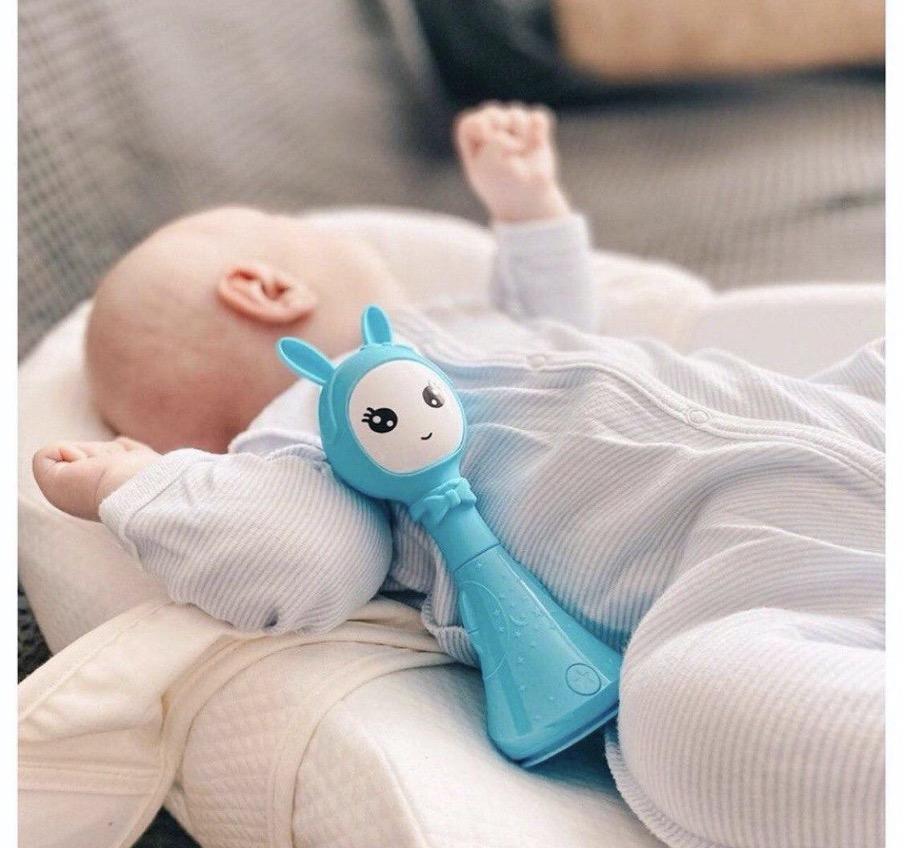 Крепкий сон ребёнка или как выбрать устройство с белым шумом?