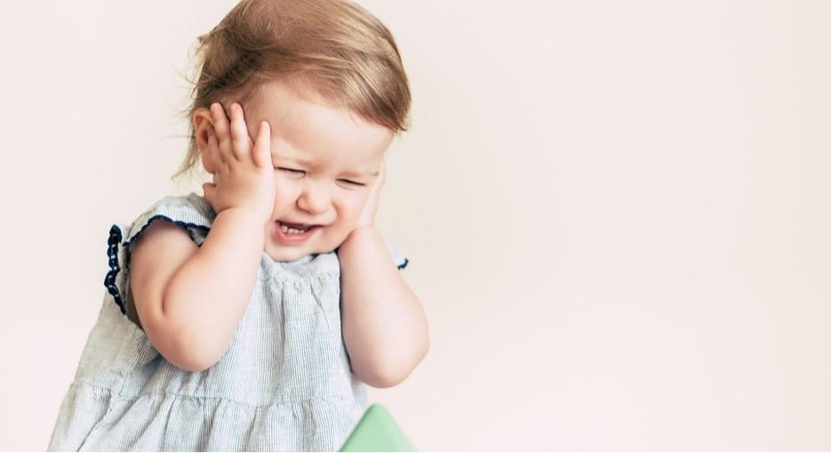 Первые зубки: как понять, что пришло время и как помочь малышу