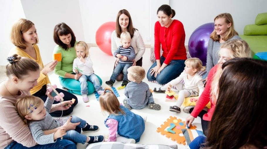 В московских больницах родители смогут бесплатно послушать лекции