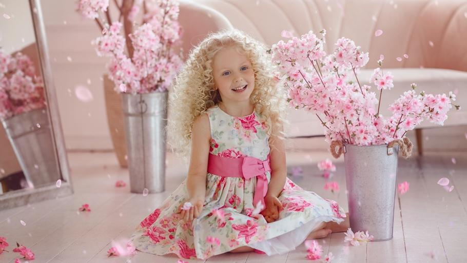 Нарядное платье для девочки?! Выбираем по знаку Зодиака!