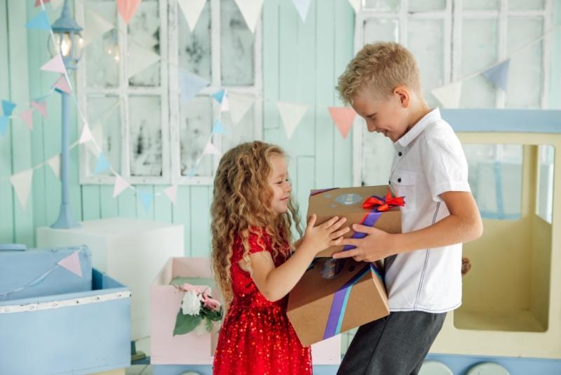 Не ломайте голову над подарком ребёнку, выбирайте Fun Box!