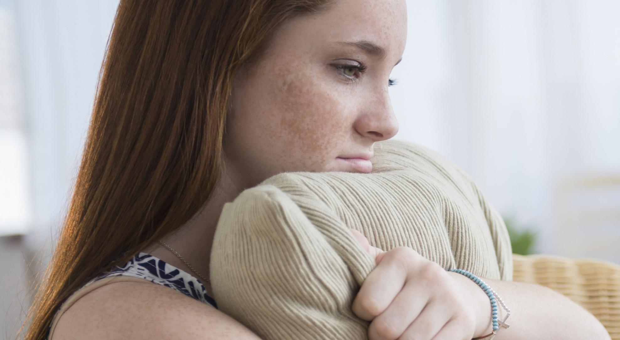 Подростковое акне: как с ним бороться?