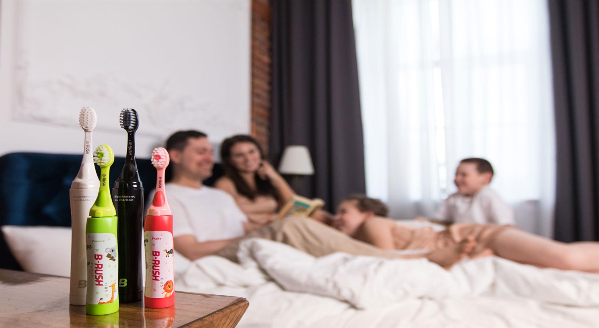 Первая в России уникальная зубная щетка с пастой внутри