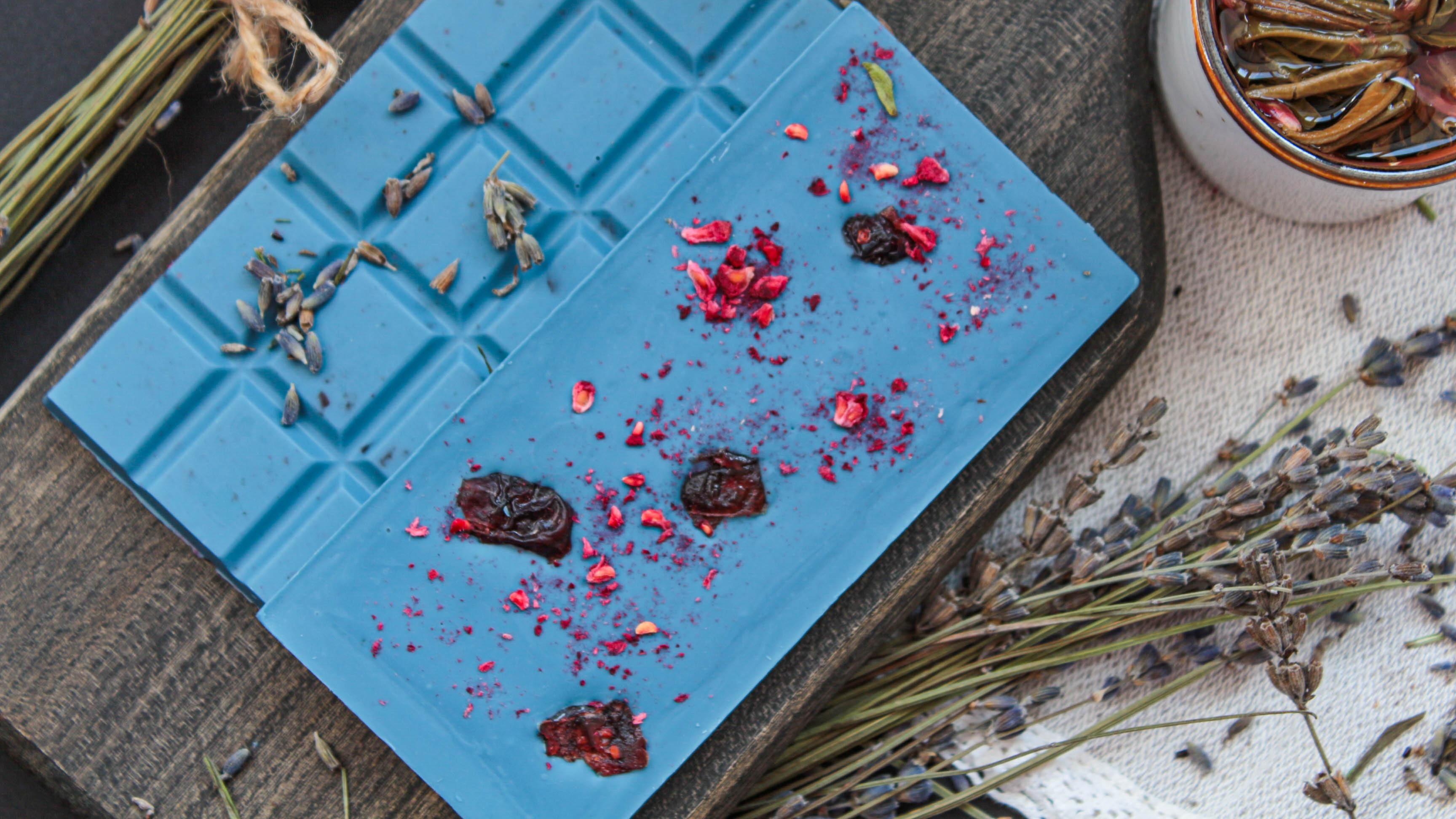 Лавандовый шоколад, изготовленный по технологии шоколатье европейских монархов