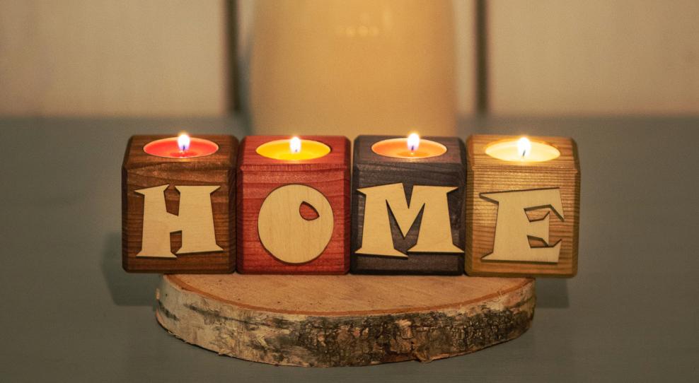 Классическая романтика/стильное решение? Чем являются свечи в современном декоре
