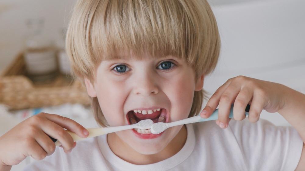 Детская зубная щетка ON WHITE - почему ее выбирают?